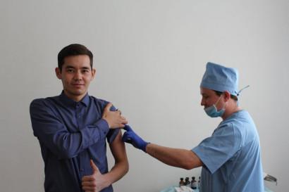 Вакцинация студентов от коронавируса — обязательно?