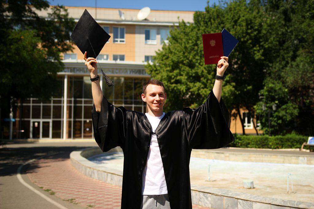 Для чего нужна покупка диплома вуза